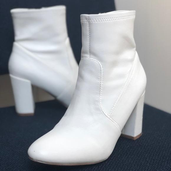 d5b953b3c4d White Gogo Ankle Boots. M 5ab80d0e9d20f051dfa8907e